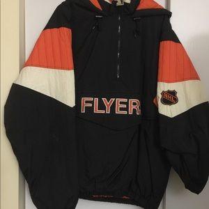 Flyers half zip pullover